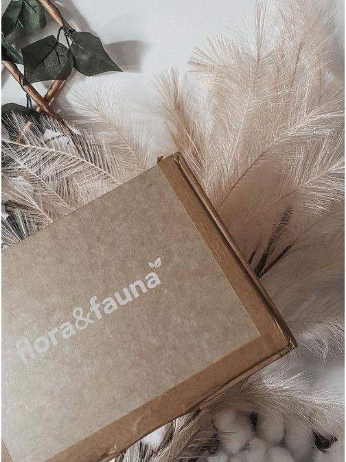 Flora & Fauna Box