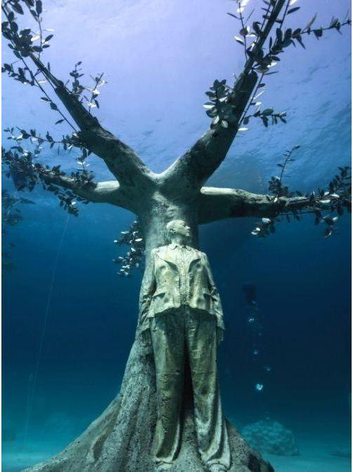 Jason deCaires Taylor MUSAN Underwater Sculptures