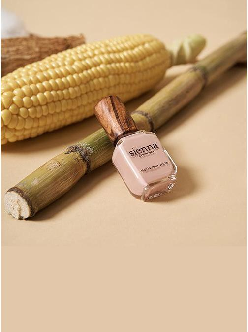 Sienna Nail Polish Has A New Naturally Derived Formula