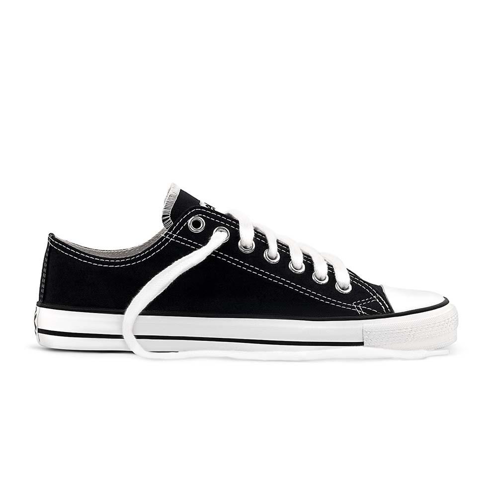 Etiko Lowcut Sneaker - Black & White