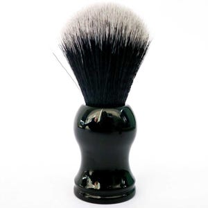 Green + Kind Vegan Shaving Brush Black