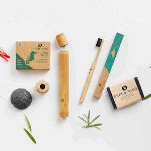Green + Kind Eco Beauty Box Blemish Prone Skin
