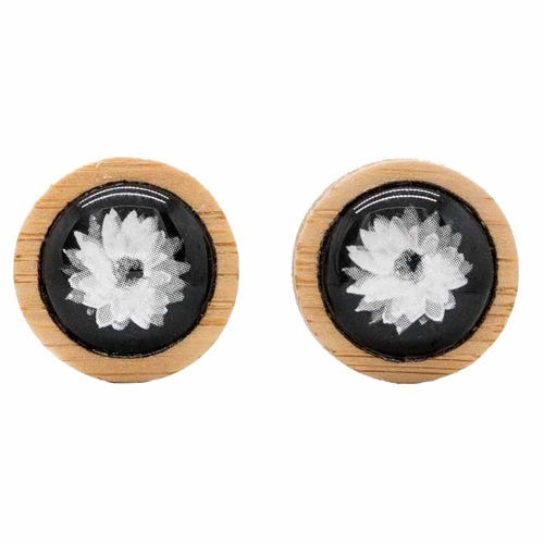 Myrtle & Me Stud Earrings - Everlasting Daisy