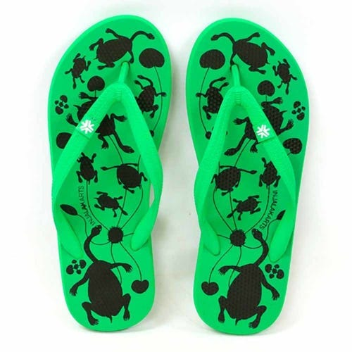 Etiko Natural Rubber Thongs - Long Neck Turtle