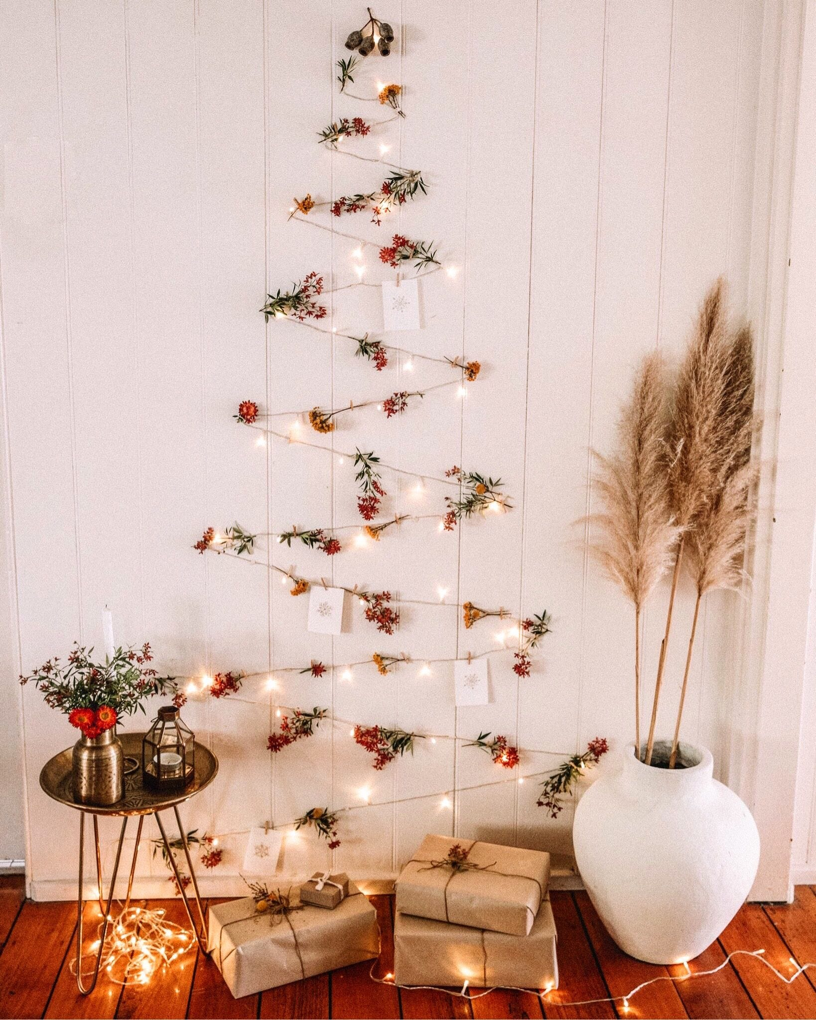 DIY Fairy Lights Christmas Tree