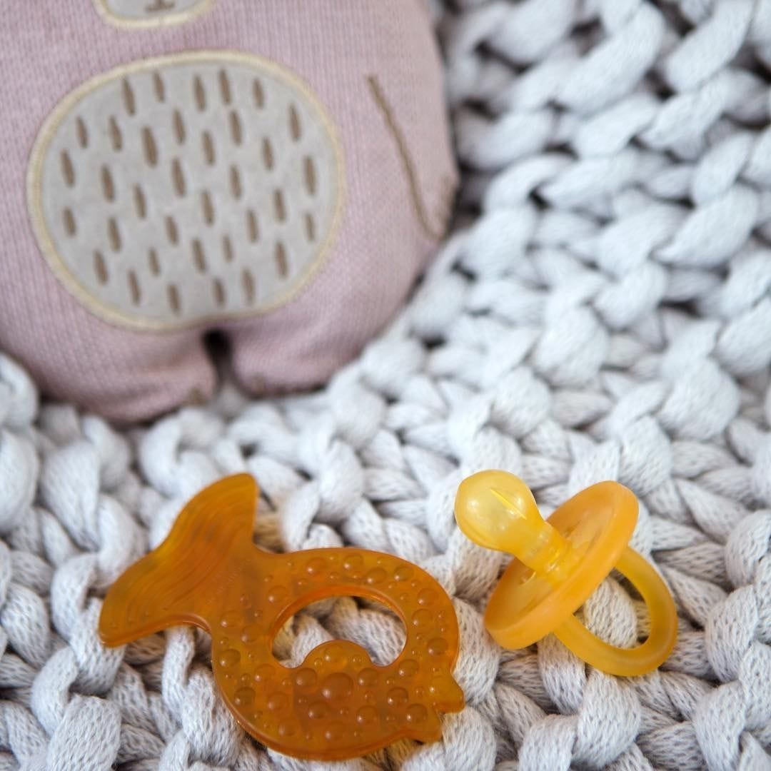 Natural Rubber Soothers & Teethers
